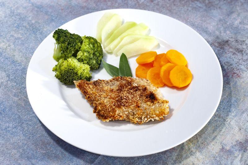 Filé de Frango crocante + brócolis + cenoura + chuchu