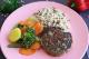 Hamburguer de Lentilha com arroz 7 grãos e mix de legumes da Maddas